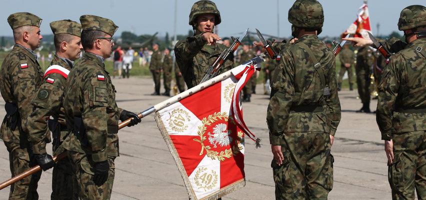 Wróci obowiązkowy pobór do wojska? Słowa ministra obrony wywołały falę spekulacji!