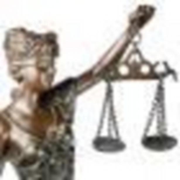 Sądy stosują niekonstytucyjne przepisy