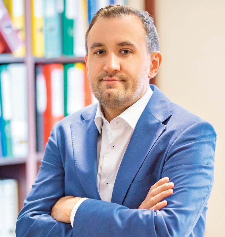 Tomasz Augustyniak, pomorski państwowy wojewódzki inspektor sanitarny, dyrektor Wojewódzkiej Stacji Sanitarno-Epidemiologicznej w Gdańsku