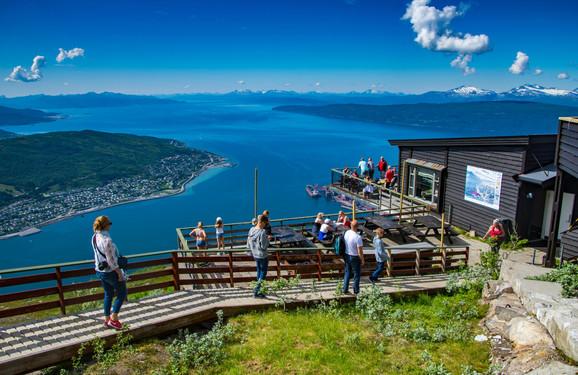 Život u Norveškoj ima mnoge prednosti, ali jeftina radna snaga i ogroman skok cena su neke od mana