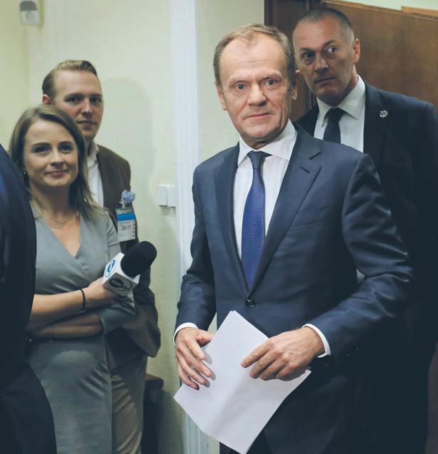 Czas na raport. Donald Tusk był ostatnią osobą przesłuchaną przez komisję śledczą fot. Paweł Supernak/PAP