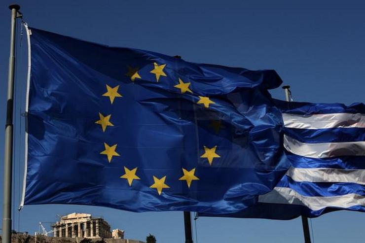 252748_grcka-eu-zastave-ap
