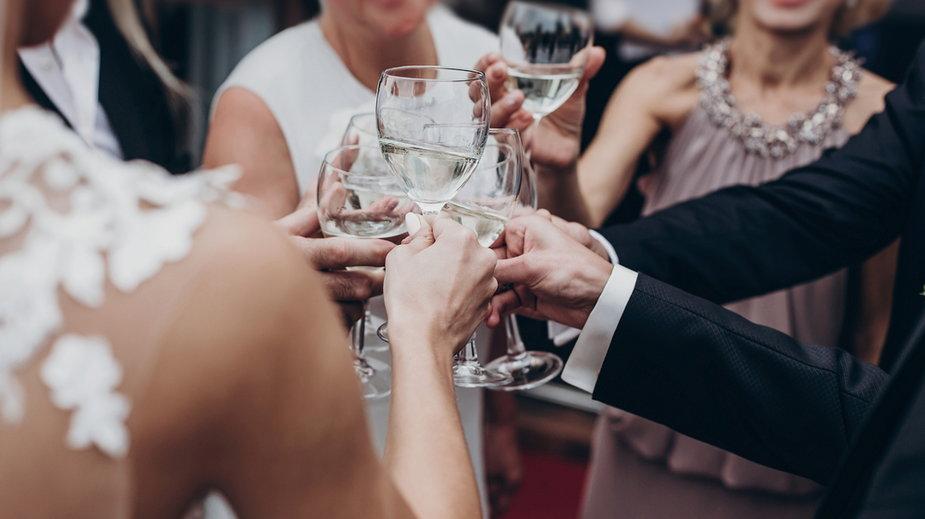 Szumowski zapowiada obowiązek rejestracji wesel i listy gości