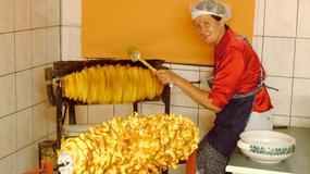 Tradycyjne słodycze Suwalszczyzny - sękacz, mrowisko i faferneski, także na święta