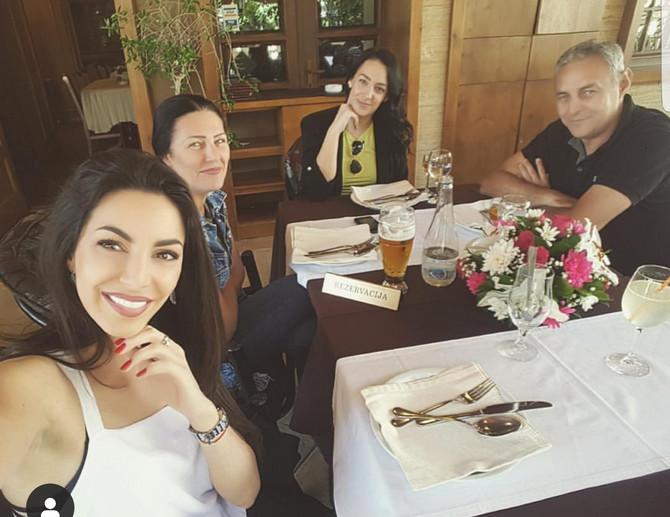 Ivana sa porodicom