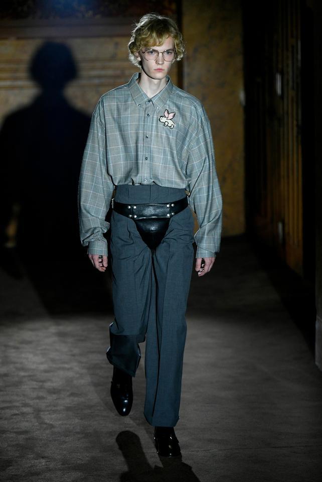 7f935d6710900 Gucci zaszalało. Tylko najodważniejsi panowie będą się tak nosić  - Moda