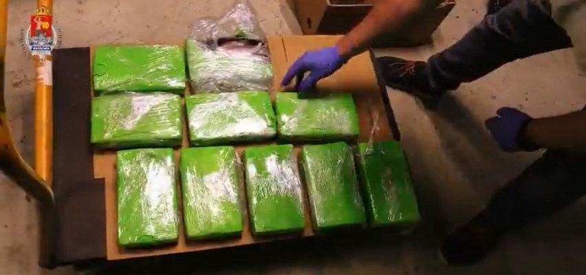 Kokaina w banach znaleziona w kilku sklepach znanej sieci