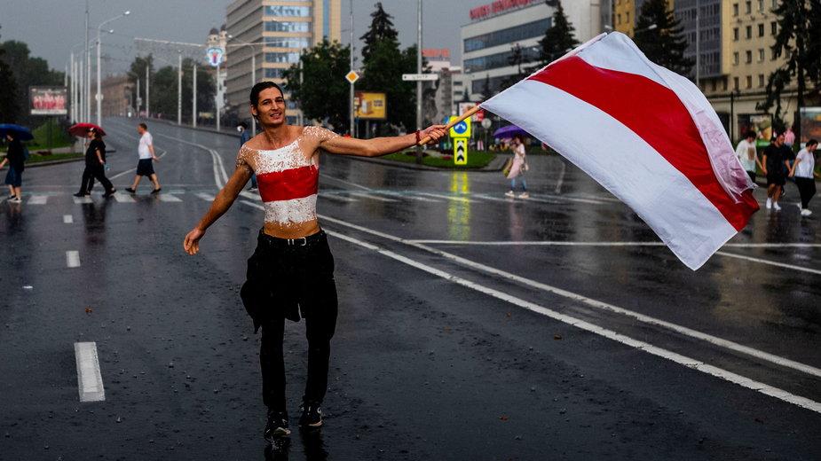 Demonstracje w Mińsku przeciwko sfałszowaniu wyborów, sierpień 2020 r.