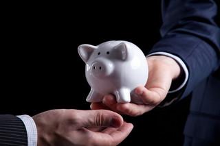 Budowanie długookresowych oszczędności to największe wyzwanie dla banków