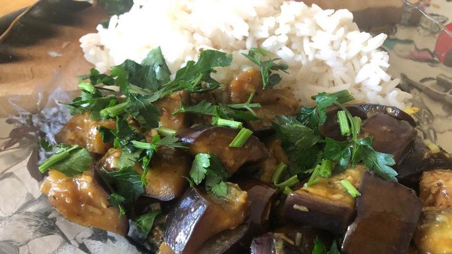 Aromatyczny bakłażan z ryżem