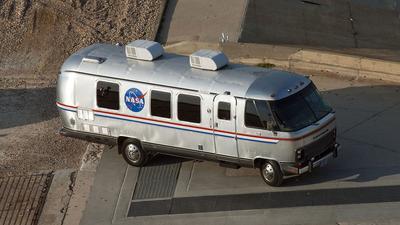 NASA szuka nowego samochodu dla astronautów