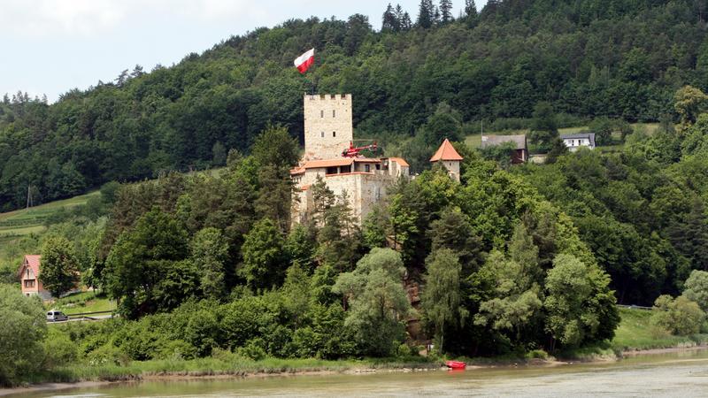 Zamek w Tropsztynie