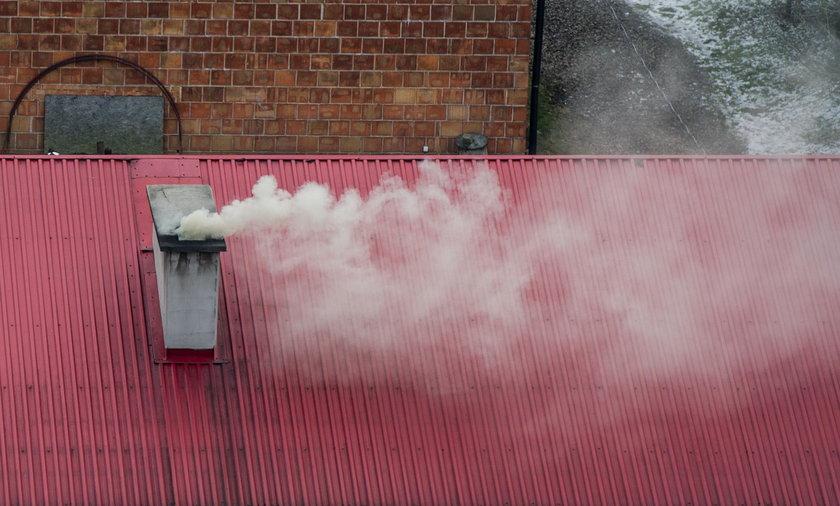 Smog dusi krakowian