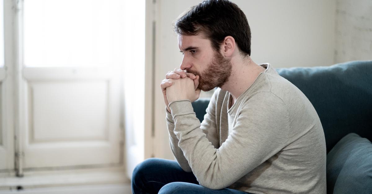 dlaczego mężczyzna szybko spada penisa bez erekcji rano o co chodzi
