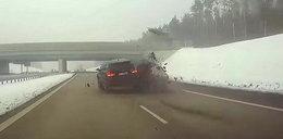 Przerażający wypadek na A1. Rodzina cudem uniknęła śmierci