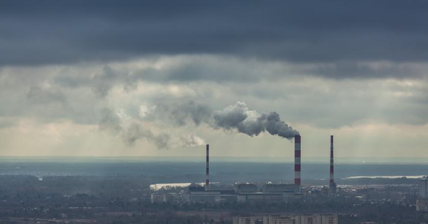 Z powodu smogu Polacy płacą więcej za węgiel