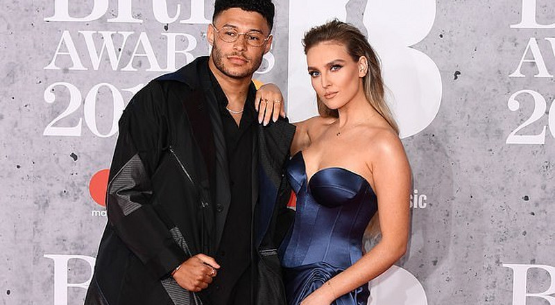 Liverpool stars Chamberlain and Sturridge attend BRIT Awards