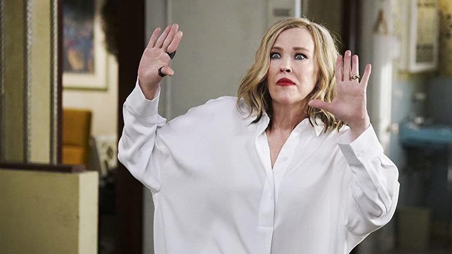 "Catherine O'Hara jako Moira Rose w serialu ""Schitt's Creek"" (2015-2020)"