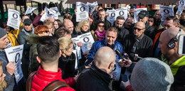 Mieszkańcy i przedsiębiorcy protestują przeciwko strefie czystego transportu
