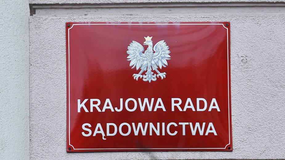 """Wyrok TSUE w sprawie Izby Dyscyplinarnej SN. KRS """"rozczarowana"""" decyzją Trybunału"""