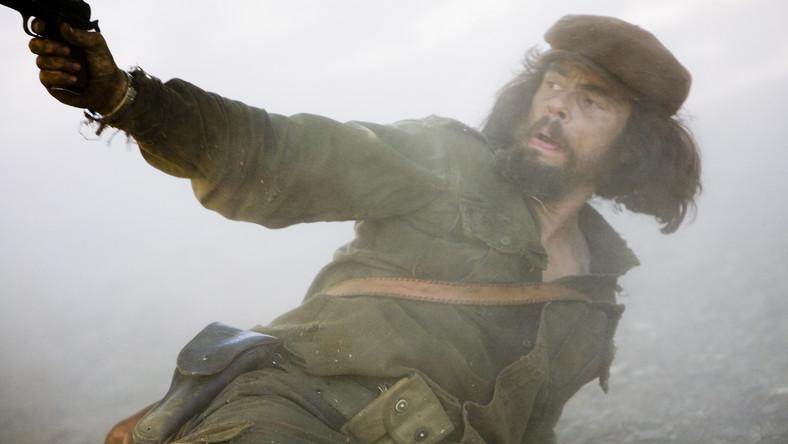 Benicio jako Che