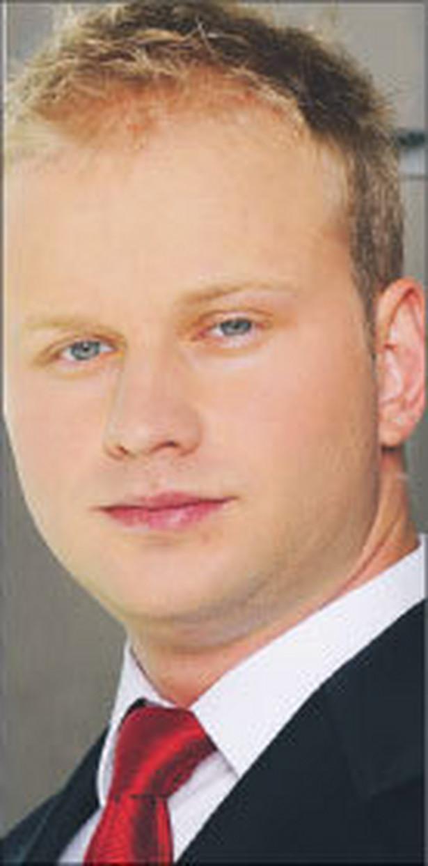 Ernest Jędrzejewski, radca prawny w kancelarii Salans
