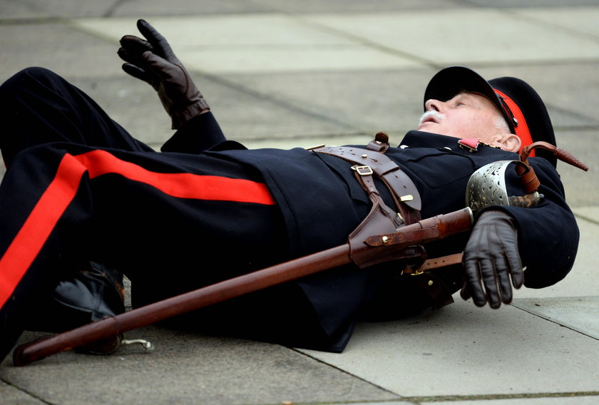Książę William ma refleks! Podniósł 72-letniego porucznika