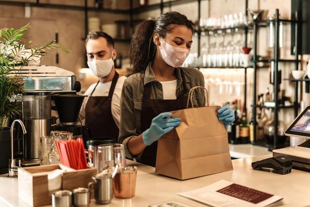Mimo pandemii właściciele restauracji decydują się na otwarcie swoich lokali