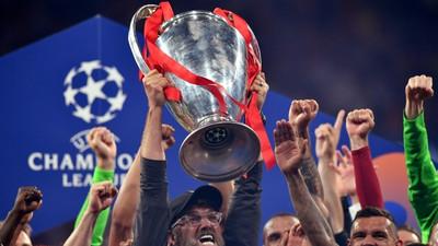 UEFA says will ban clubs who take part in a European Super League