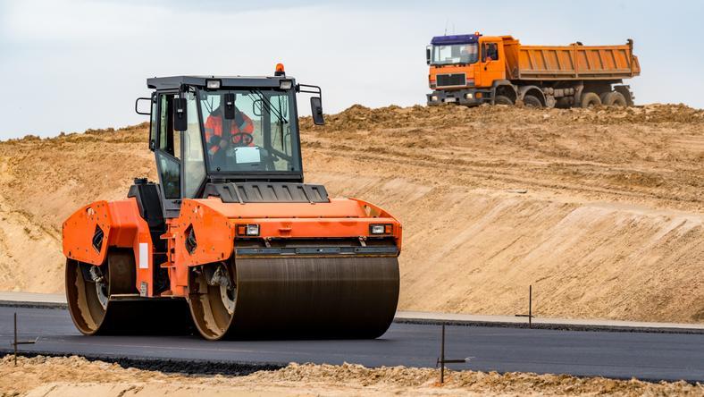 Śląskie: ponad 300 mln zł na drogi
