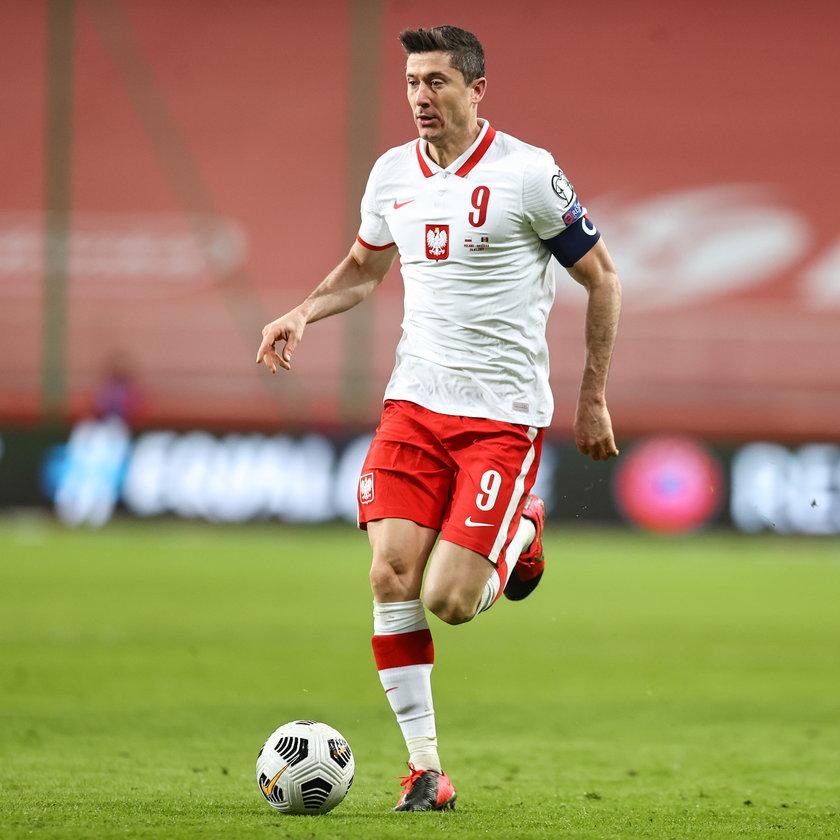 Robert Lewandowski (33 l.)