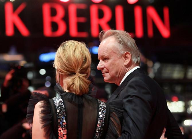 Poznata glumica našeg porekla sa Stelanom Skarsgardom na Berlinskom festivalu u februaru ove godine