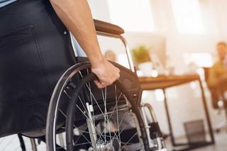 Pracownik z niepełnosprawnością może być zatrudniony na dwóch etatach