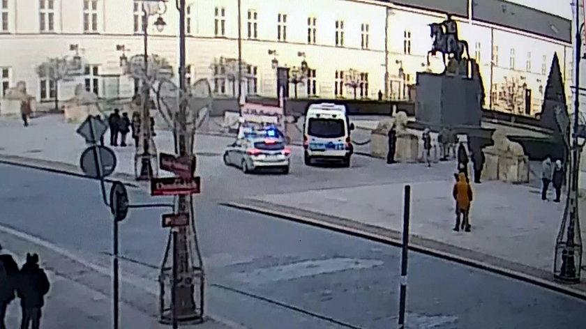 Dojazd pod Pałac Prezydencki zajął policji 10 minut