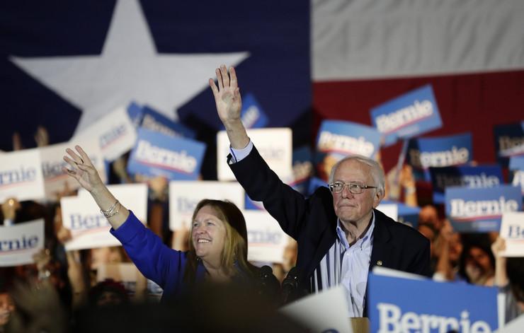 Berni Sanders 20200223 ap eric gay san antonio Di018305542