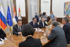 SASTANAK SA AMBASADORIMA Vučić zamolio Čepurina i Mančanga da obaveste Putina i Sija o neodgovornom ponašanju Prištine (VIDEO)