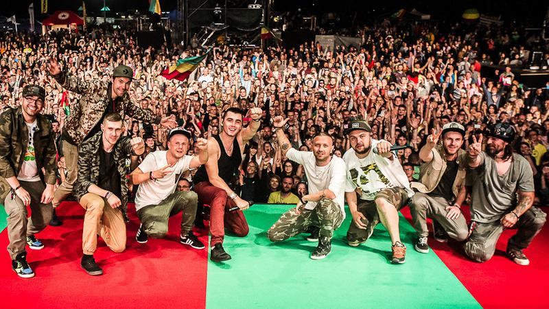 Kamil Bednarek z zespołem na Ostróda Reggae Festival 2016