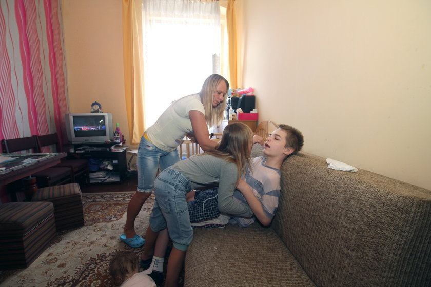 Mama walczy o lepsze warunki mieszkaniowe dla niepełnosprawnego synka
