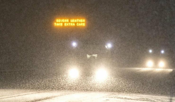 snežna oluja ema britanija sneg