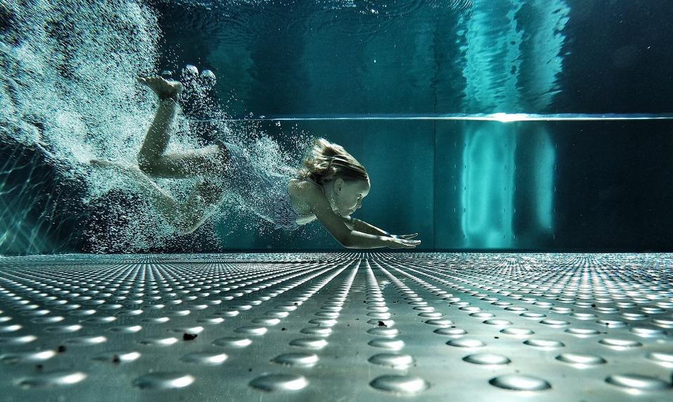 "Kategoria: sport. ""The pool nymph"", Christoph Grubich, Austria"
