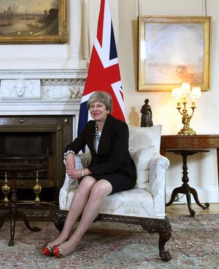 Wielka Brytania rozpoczyna 'ofensywę'. Niespodziewane spotkanie May z Junckerem