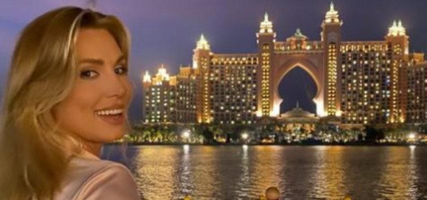 """Karolina Pajączkowska chwali się """"nogami do nieba"""" w Dubaju. Co za widok!"""