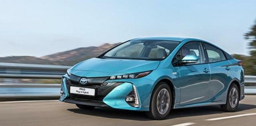 Tego samochodu nie musisz tankować – test Toyoty Prius