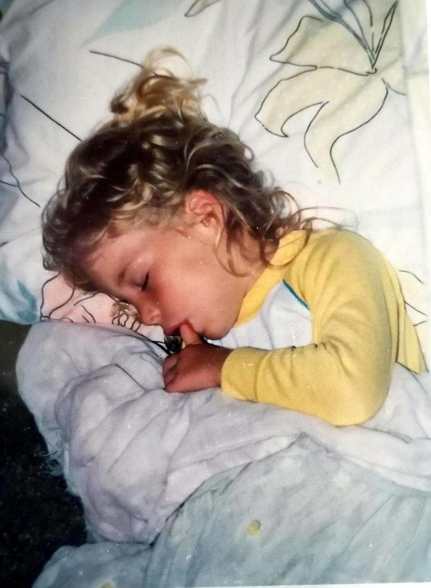 7 lat szukała siostry, pomogła jej przesyłka dla sąsiadki
