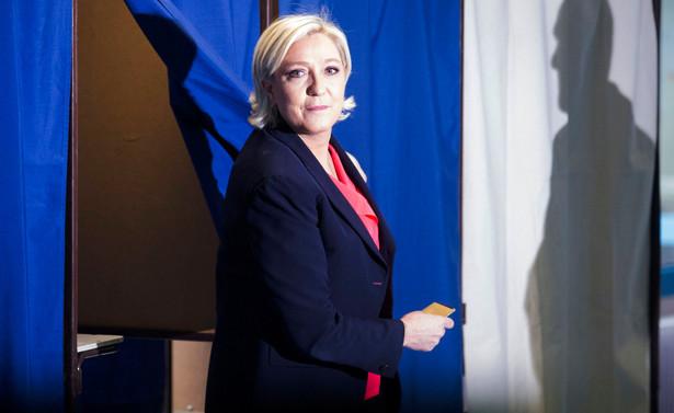 """Nowym wyzwaniem dla Le Pen jest taka reforma jej ruchu, która uczyni z niego """"nową siłę polityczną"""""""