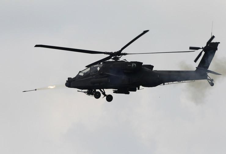 AH-64 Apač