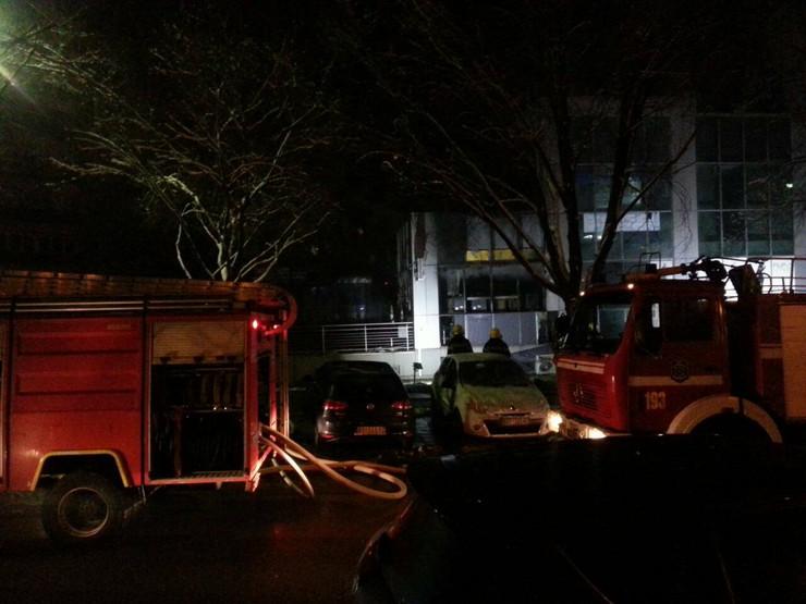 Požar TC Mondo Beograd