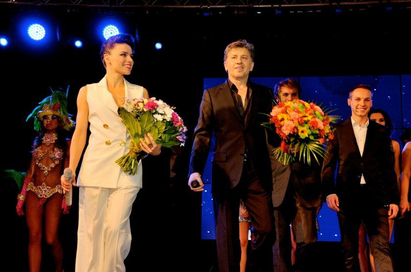 Natasza Urbańska i Janusz Józefowicz w galerii handlowej Blue City