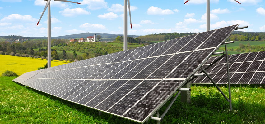 Myślisz nad instalacją paneli słonecznych? Lepiej się pospiesz, bo jak nie zdążysz do 31 grudnia 2021...