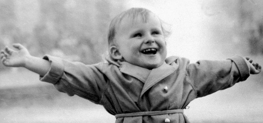 Wielka trauma Wiesława Gołasa. Będąc dzieckiem, przeżył piekło w więzieniu. Z trudem wracał do tamtych wspomnień
